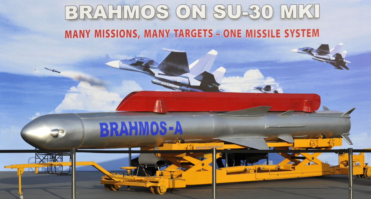 BrahMos: un premier tir depuis un chasseur en mars ?