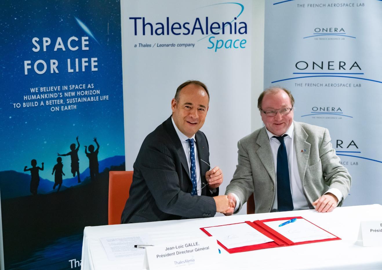 Accord de coopération Onera-Thales Alenia Space