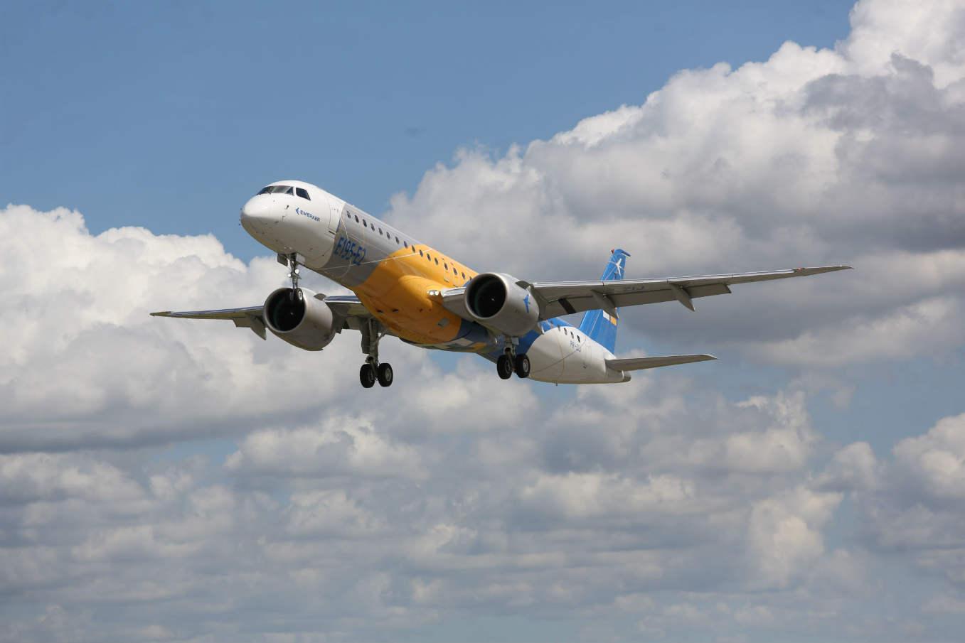 L'Embraer E195-E2 a effectué son premier vol