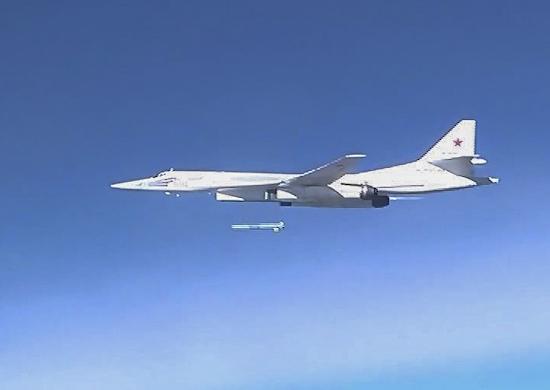 Syrie : La Russie frappe avec des bombardiers stratégiques
