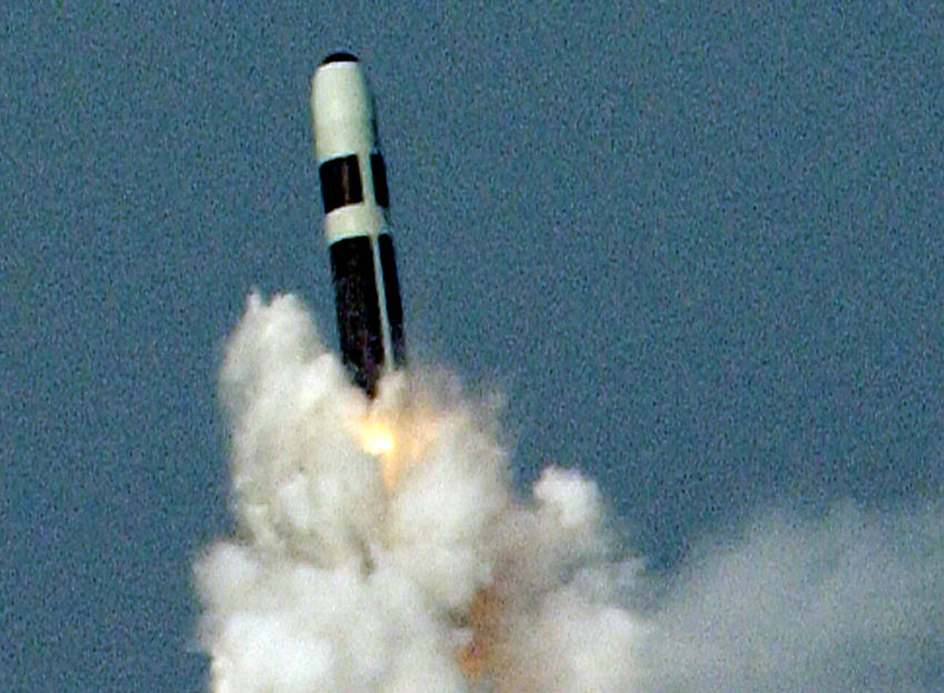 Royaume-Uni  : L'échec d'un tir de missile Trident sème la panique