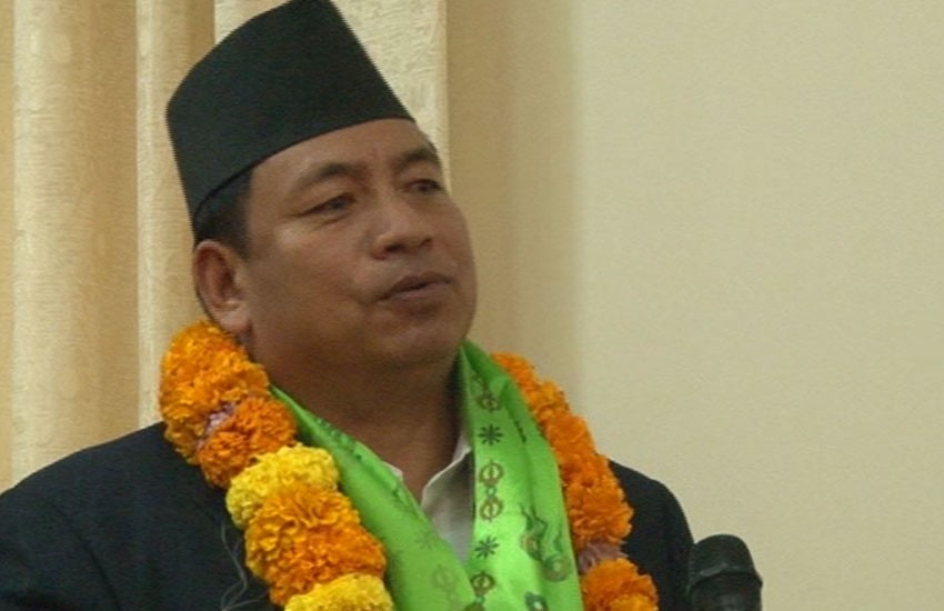 Vice President and UML Chair hold meeting