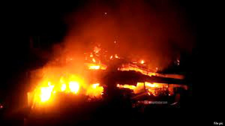 Twelve houses gutted in fire