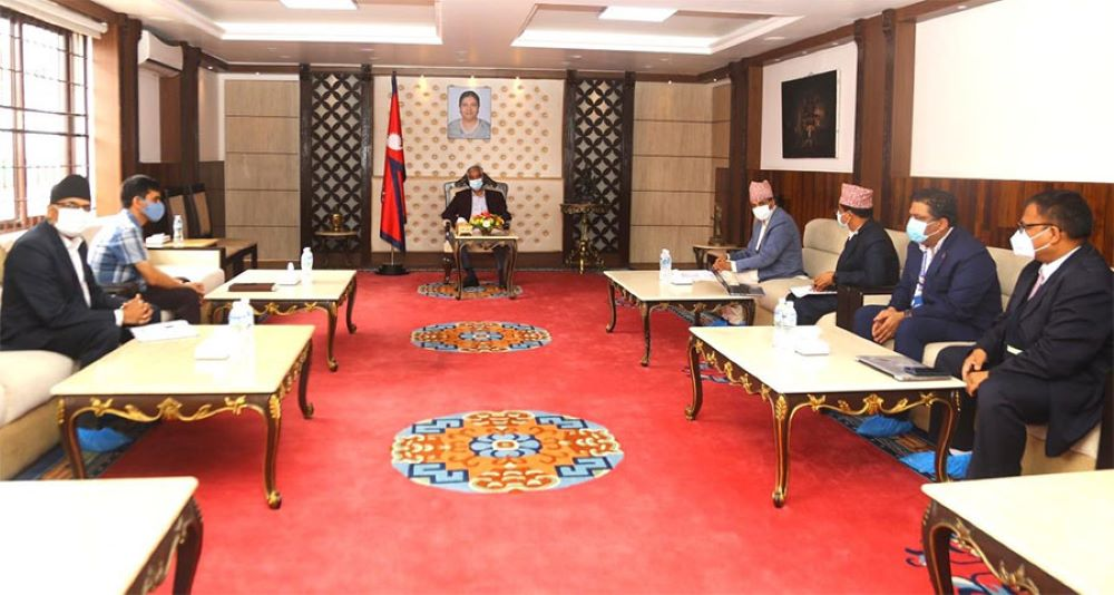 Deuba and health ministry official meet