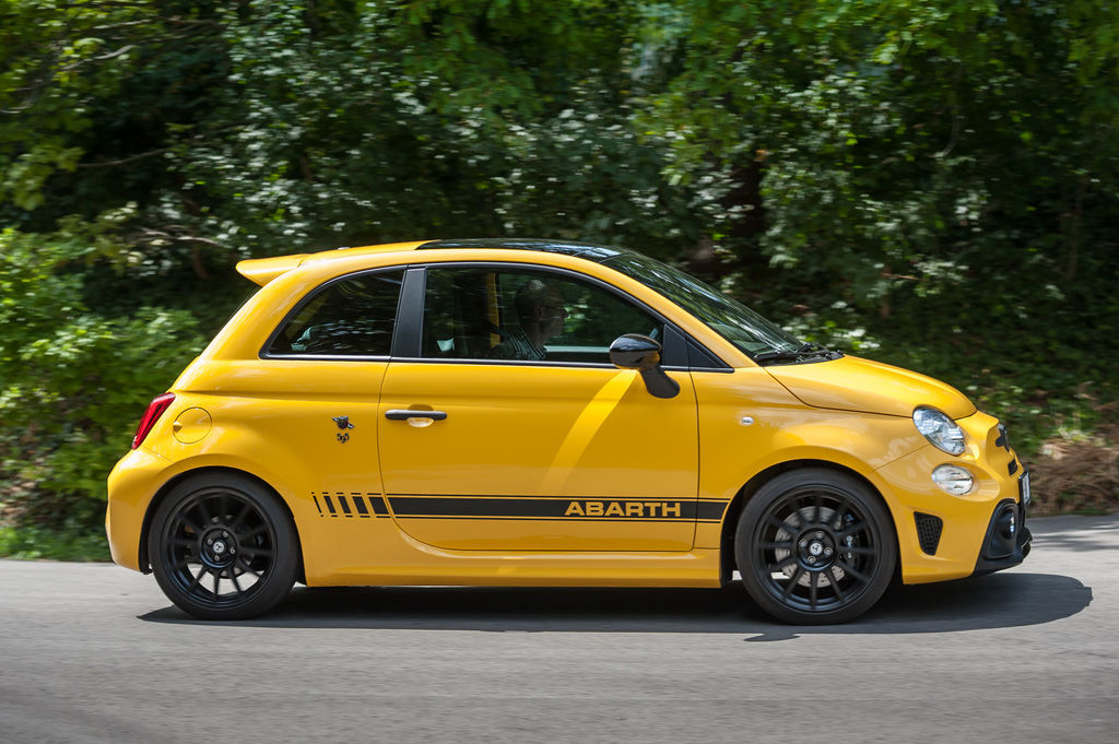 Content abarth bokr 16