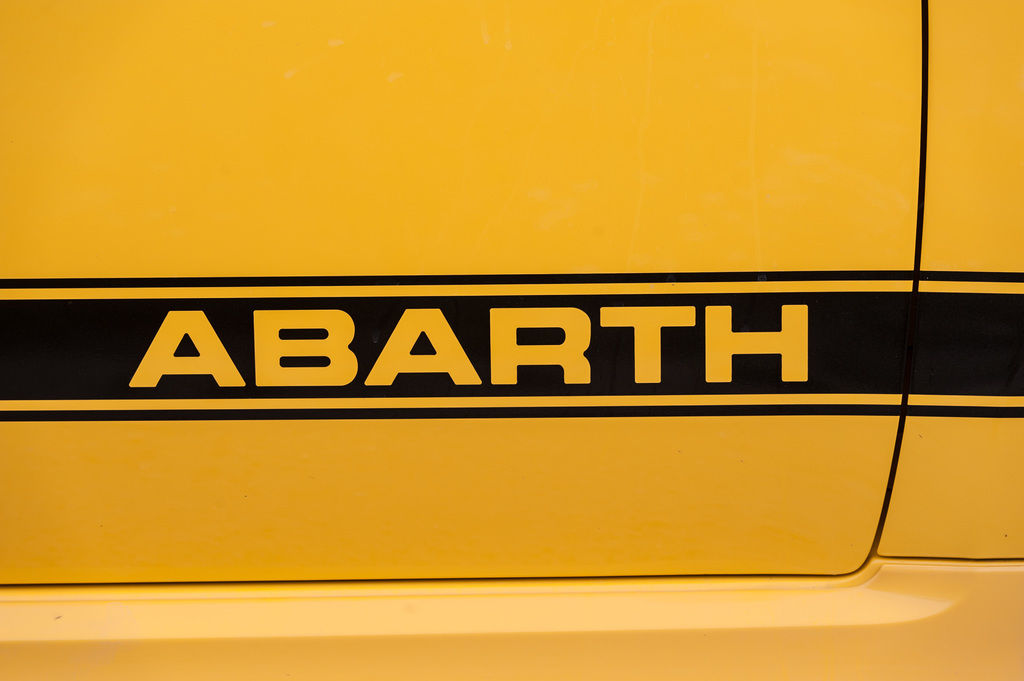 Content abarth sign 04
