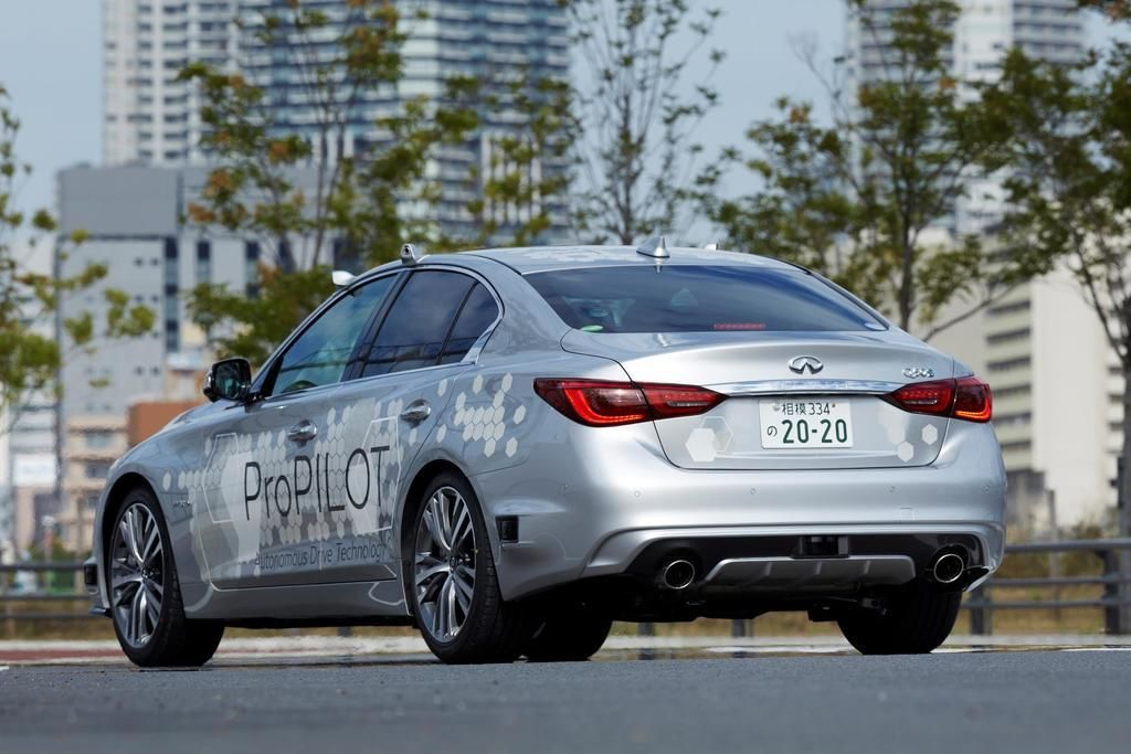Content nissan tests fully autonomous prototype technology on streets of tokyo4