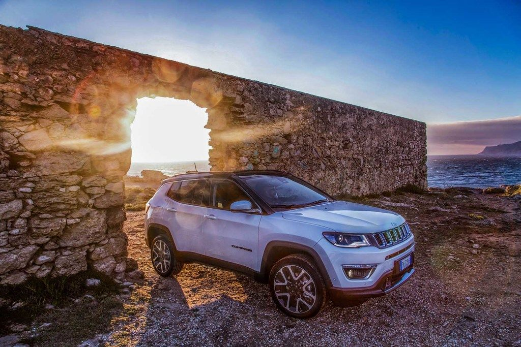 Content 170606 jeep compass 05