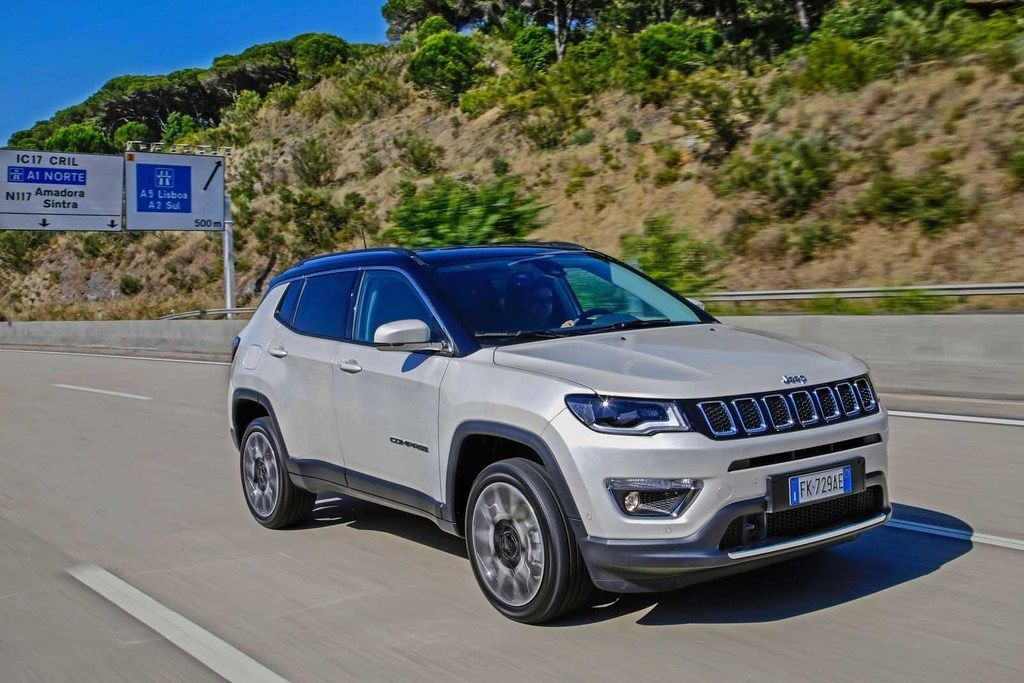 Content 170606 jeep compass 08