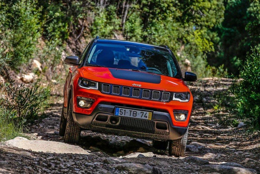 Content 170607 jeep compass trailhawk 28
