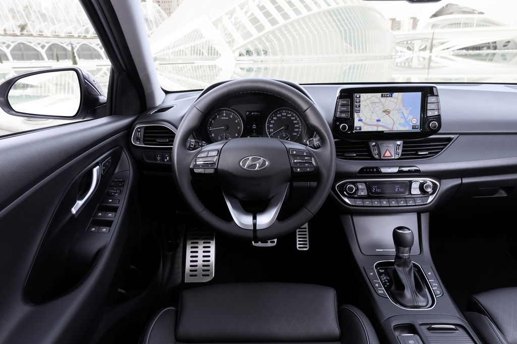 Content all new i30 fastback interior  1