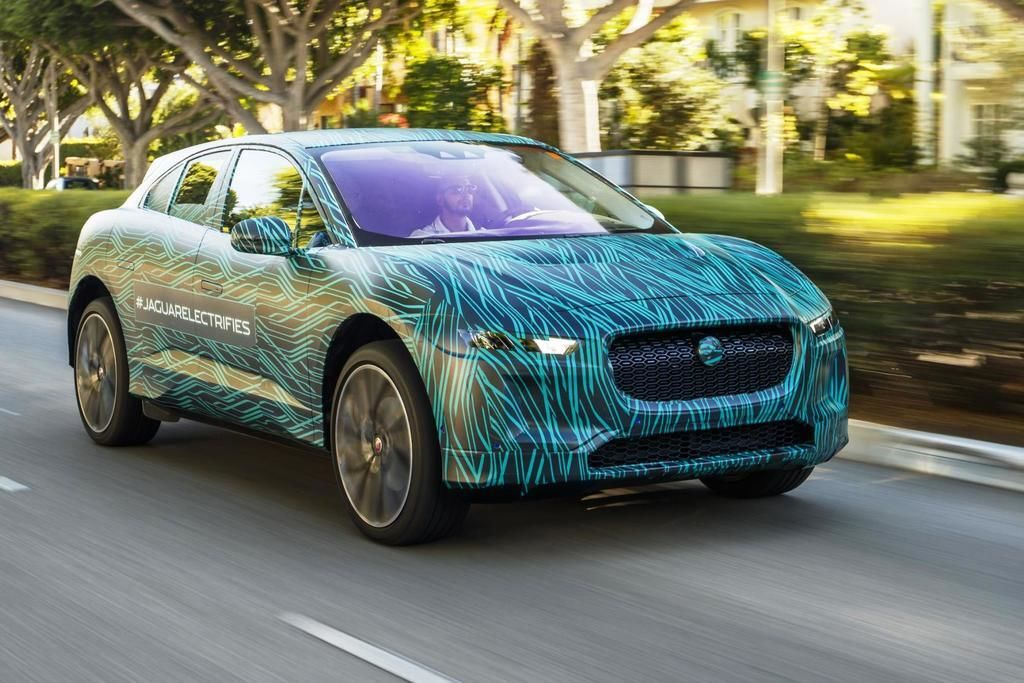 Content jaguar i pace completes final testing in los angeles ahead of 2018 reveal