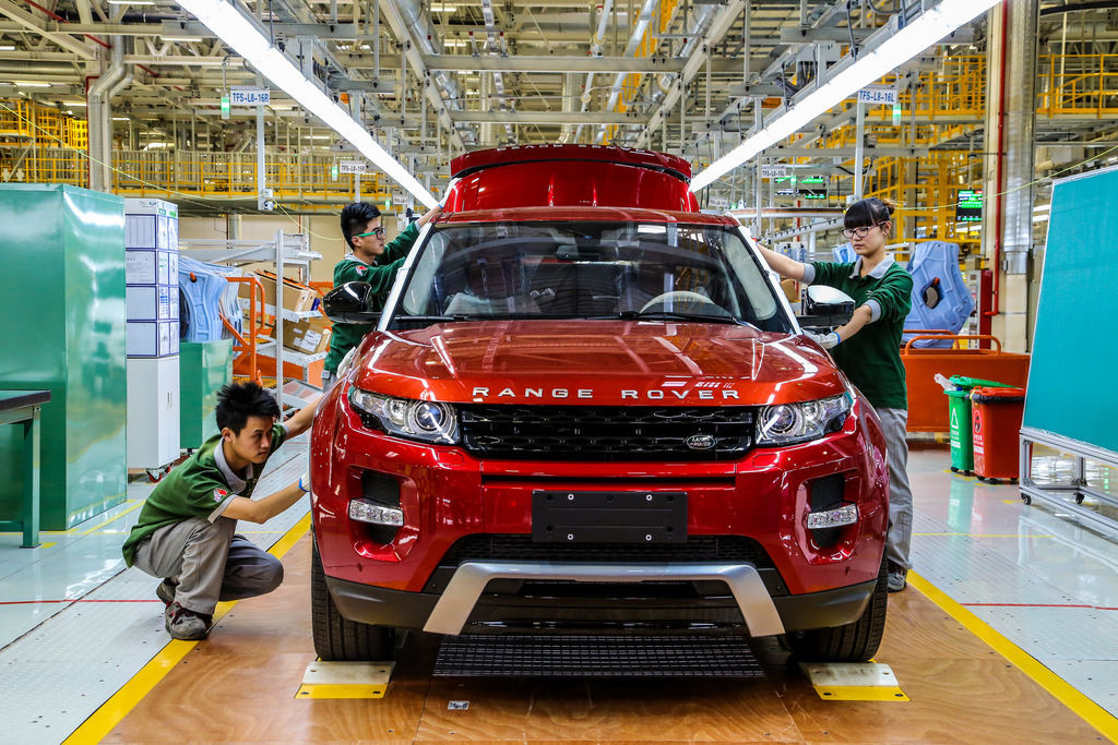 Content range rover evoque assembly china 2