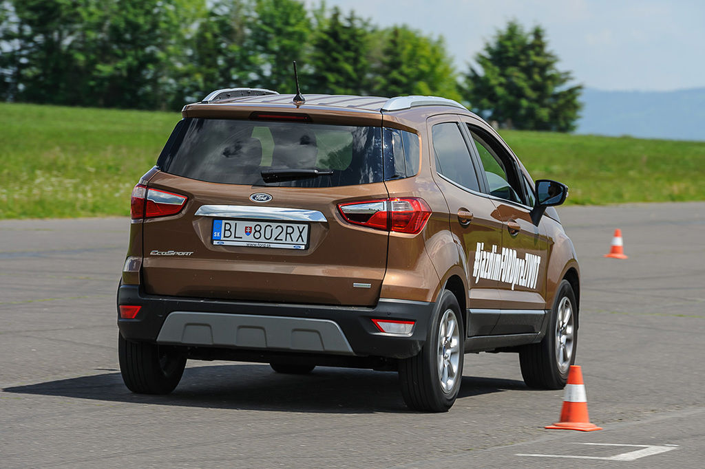 Content ford slalom 57
