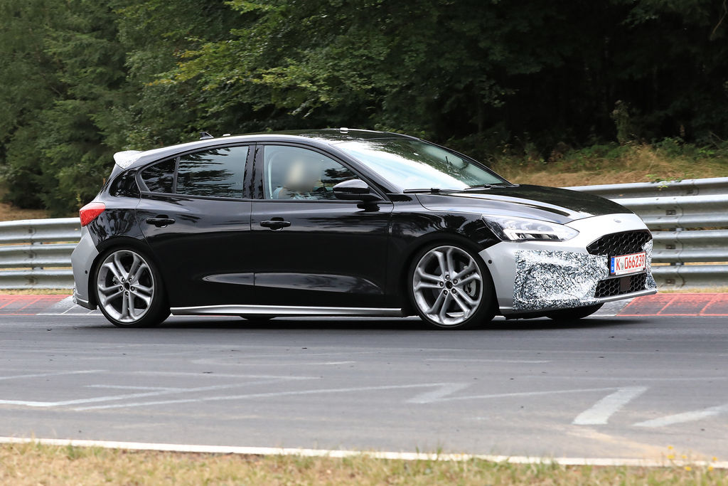 Content ford focus st 005