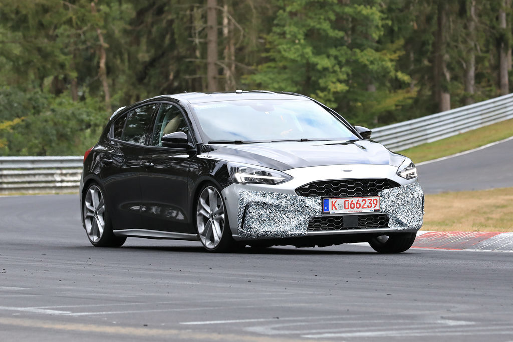 Content ford focus st 003