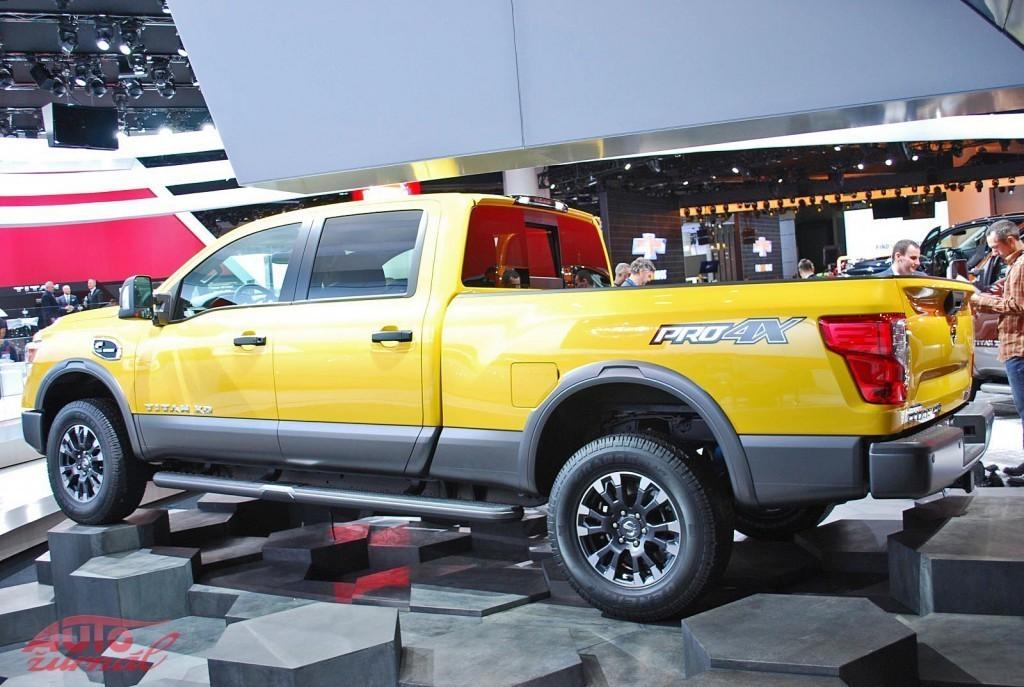 Content 82270 large detroitsky autosalon na fotografiach priamo z vystaviska