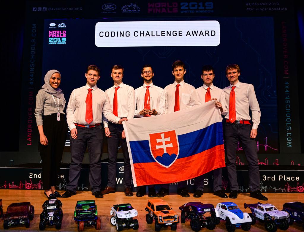 Content land rover 4x4 wf columba racing kosice 1