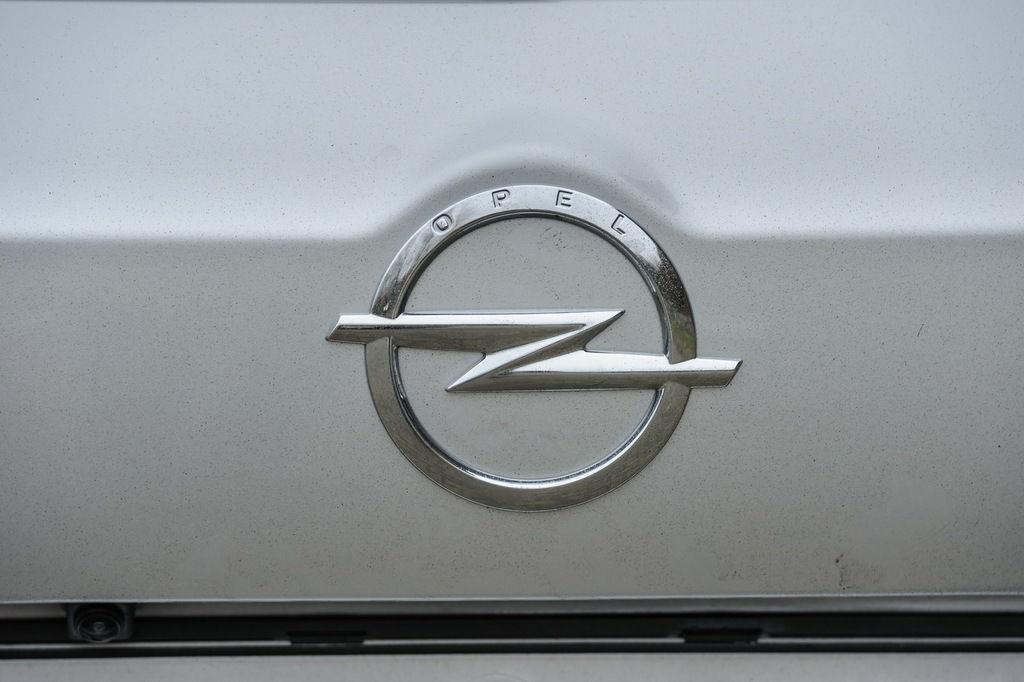 Content insignia sign 26