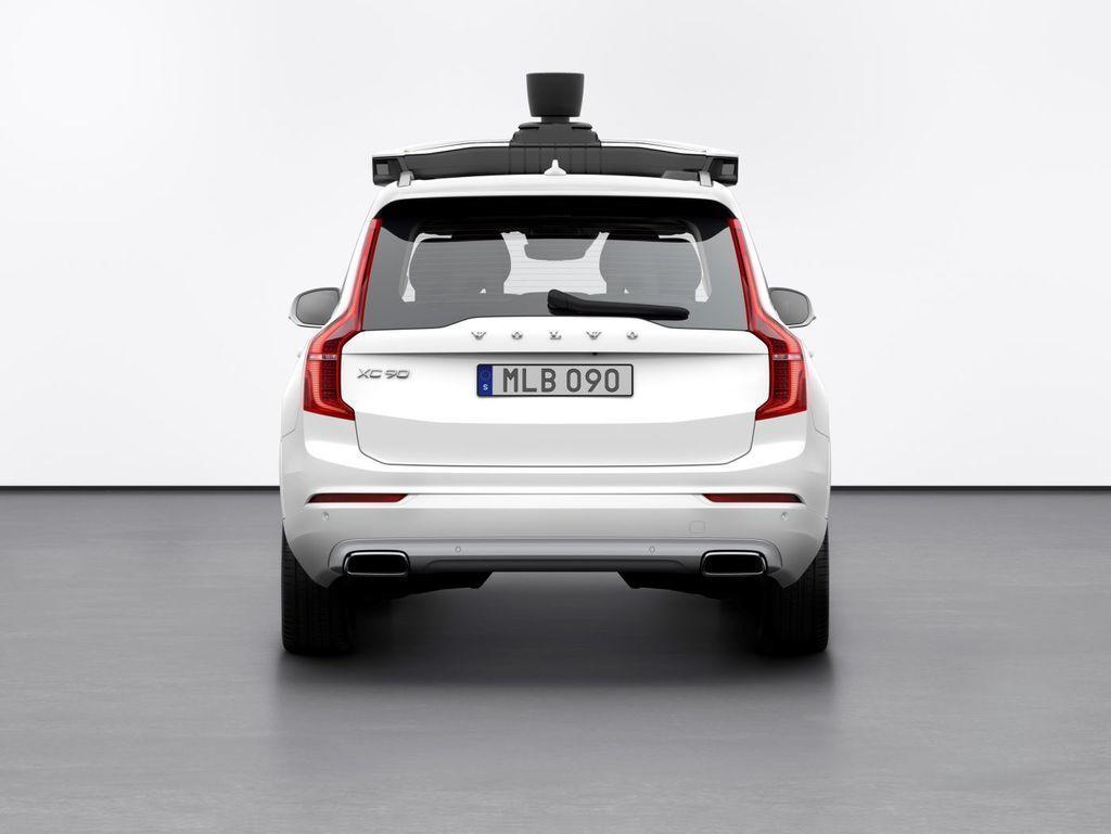 Content autonomne auto volvo a uber autozurnal.com 3