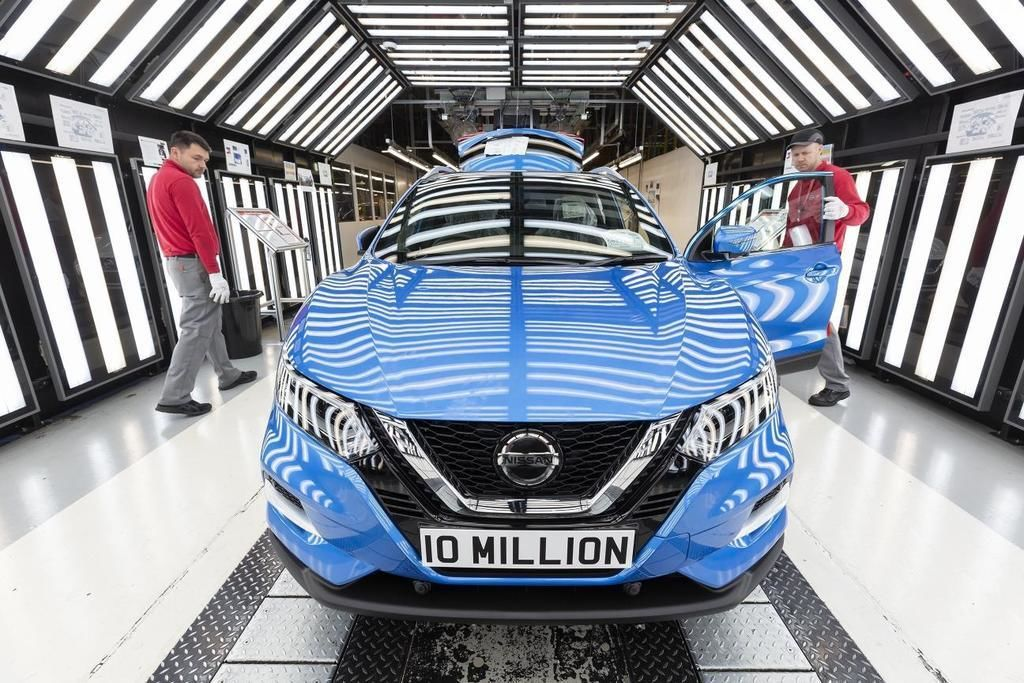 Content nmissan 10 millionth vehicle in production at the nissan sunderland plant  1