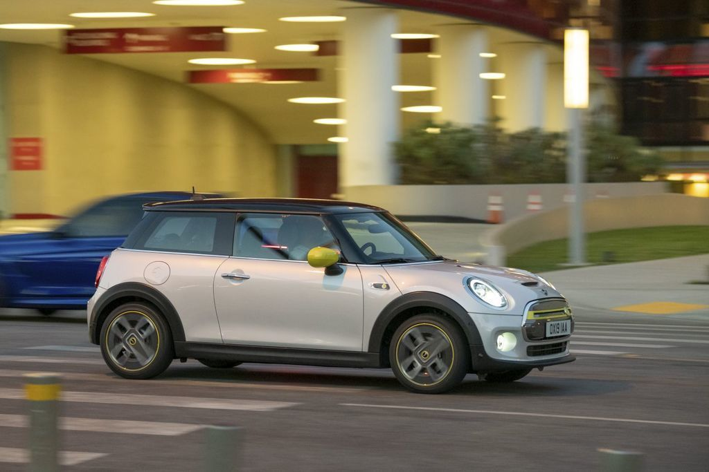 Content elektromobil mini cooper se autozurnal.com  4