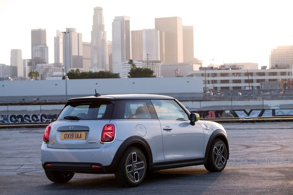 Content elektromobil mini cooper se autozurnal.com  10