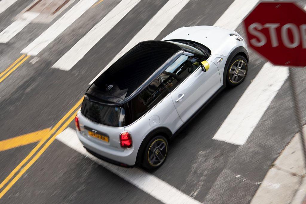 Content elektromobil mini cooper se autozurnal.com  9