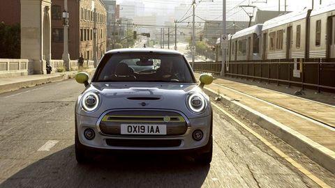 Thumb elektromobil mini cooper se autozurnal.com  19