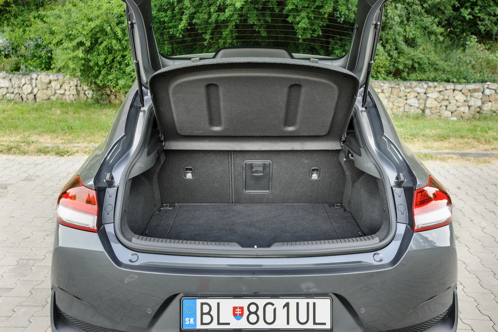 Content i30 kufor 04