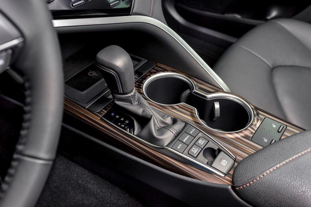 Content moderna vybava v aute autozurnal.com 3