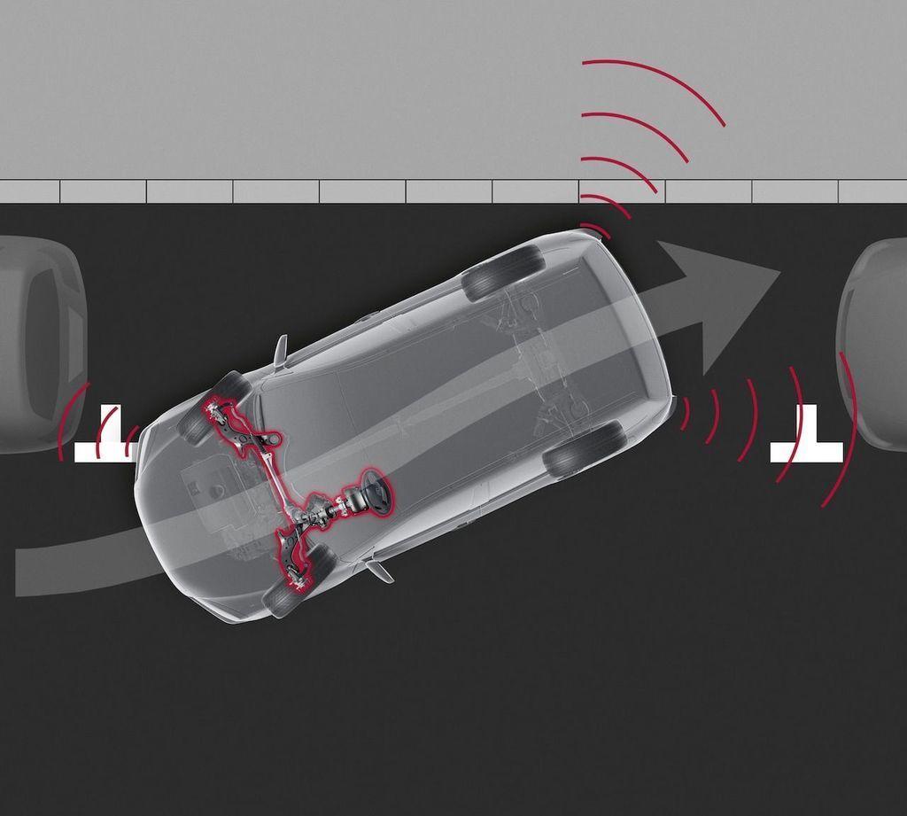 Content moderna vybava v aute autozurnal.com 4