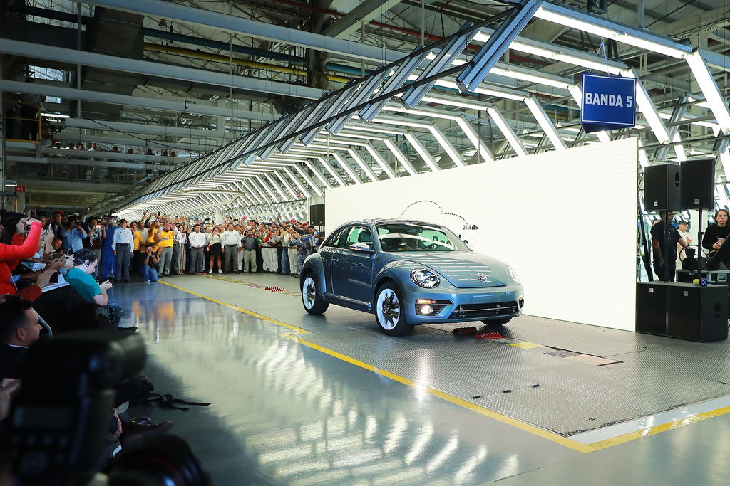 Content vw production beetle after 21 years 2