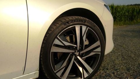 Thumb test peugeot 508 2 0 bluehdi 8at gt line 2019 detaily autozurnal.com  5
