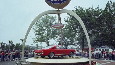 Thumb zz 1964 worlds fair ford exhibit 1965 mustang neg cn3430 805
