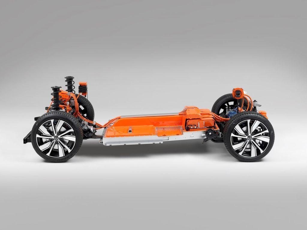 Content elektricke volvo xc40 elektromobil autozurnal.com 4