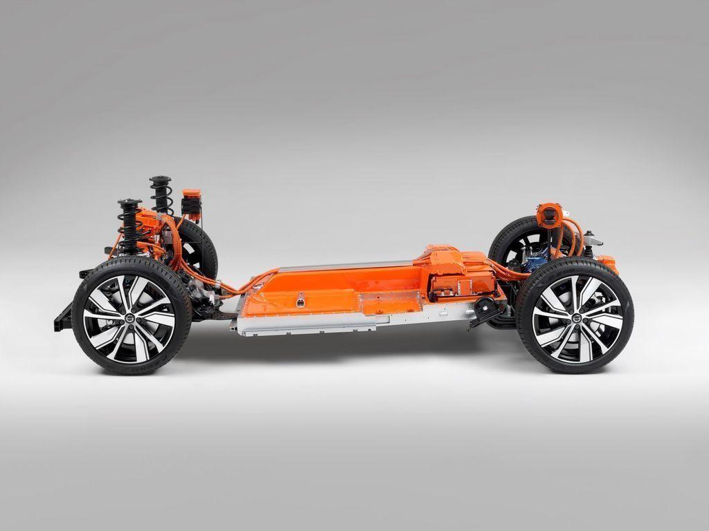 Content elektromobil volvo xc40 autozurnal.com 10