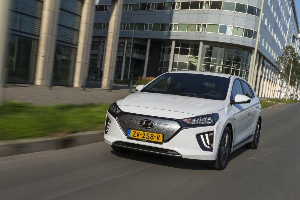 Content hyundai ioniq electric 2020 slovenske ceny cennik autozurnal.com 22