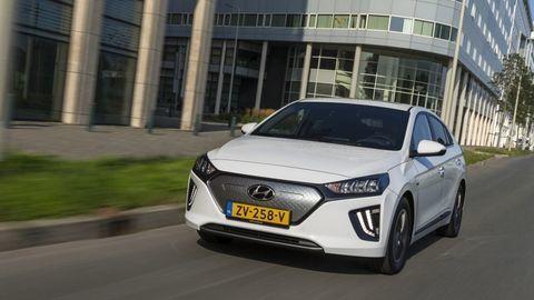 Thumb hyundai ioniq electric 2020 slovenske ceny cennik autozurnal.com 22