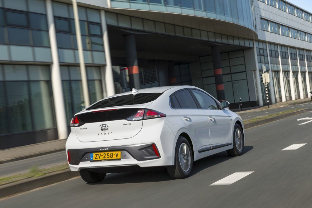 Content hyundai ioniq electric 2020 slovenske ceny cennik autozurnal.com 23