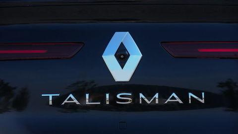 Thumb talisman sign 59