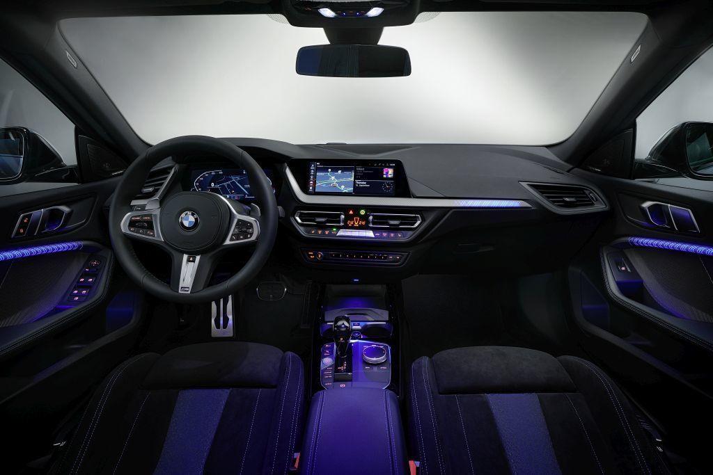 Content nove bmw 2 gran coupe autozurnal.com 35