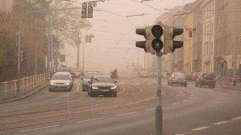 Thumb content urban smog caused by cars