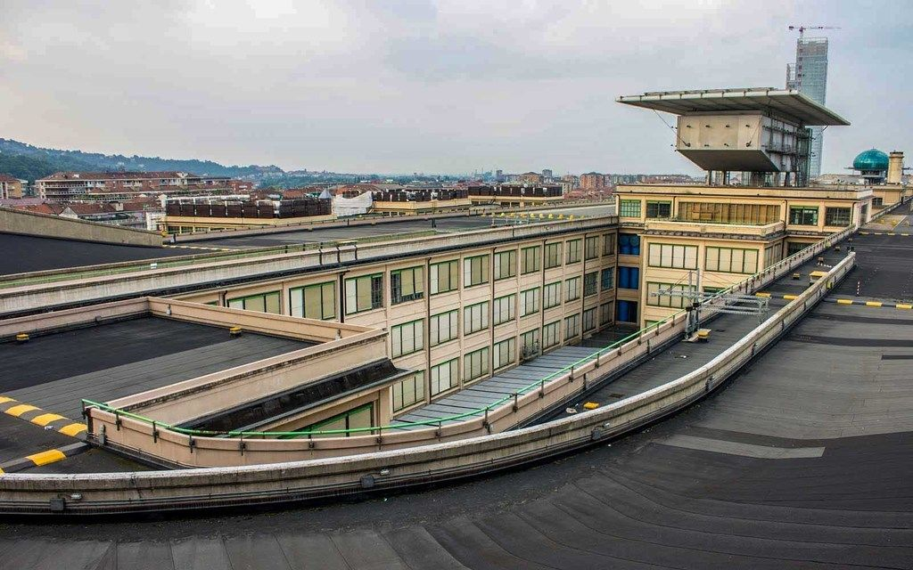 Content 5 fiat lingotto factory turin italy roofrace0418