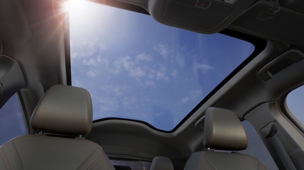 Content ford mustang mach e panoramic roof 18