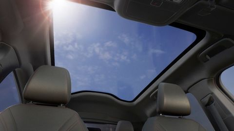 Thumb ford mustang mach e panoramic roof 18