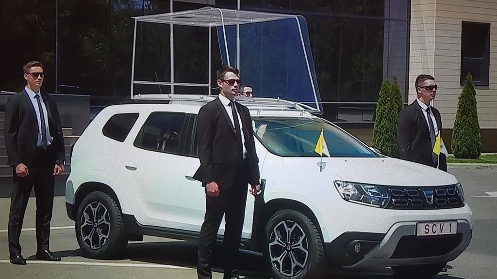 Content dacia duster papamobil 2