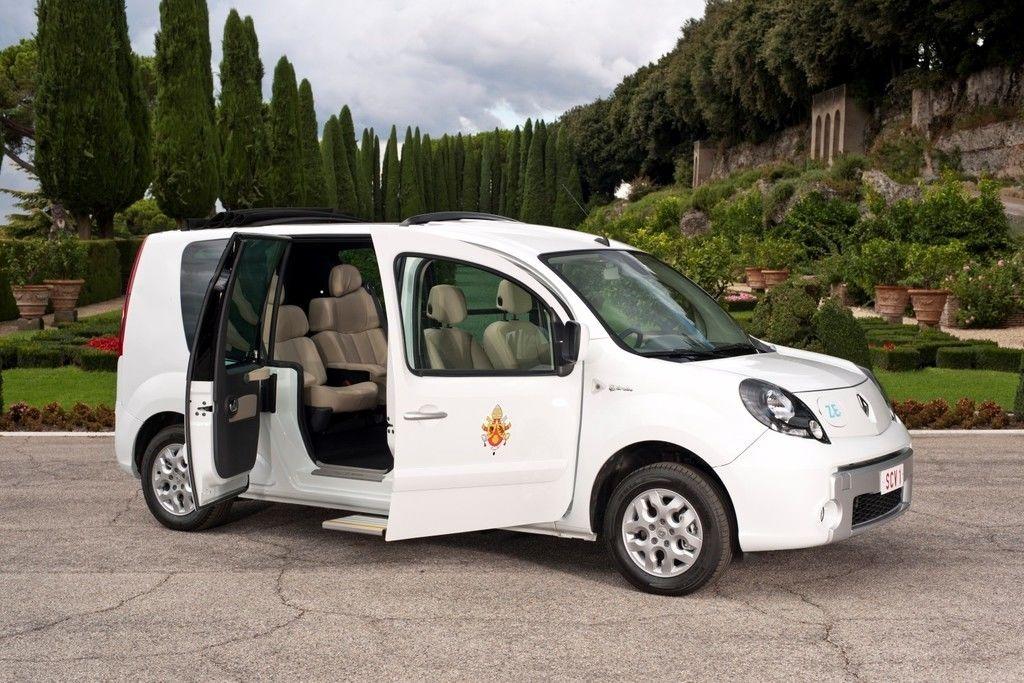 Content papamobil vehicule electrique pour le pape merci renault 80830