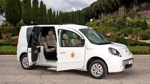 Thumb papamobil vehicule electrique pour le pape merci renault 80830