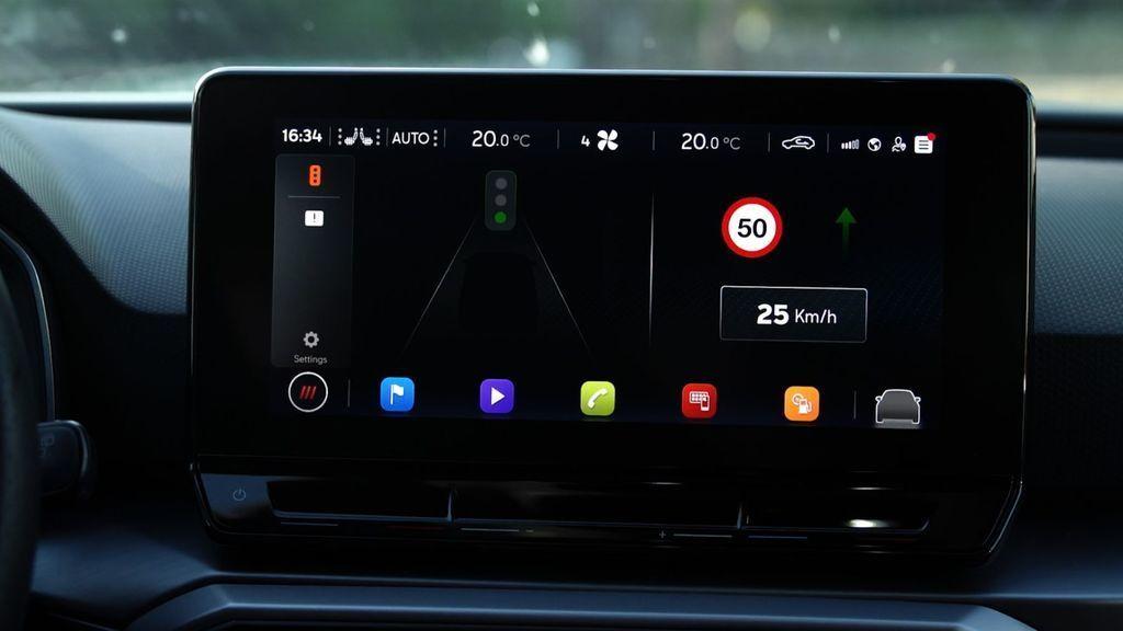 Content seat auta komunikuju so semaformi prepojenie aut so semaformi autozurnal 3